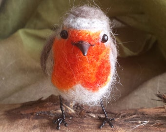 Needle felted bird, robin - Erithacus rubecula