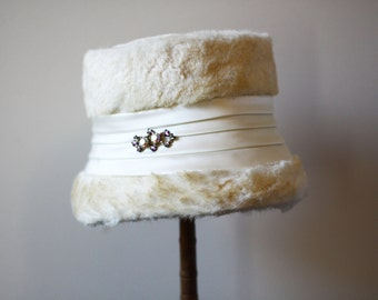 1960s white fur bumcket hat // rhinestone brooch // vintage hat