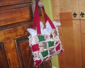 Christmas Tote Bag Rag Quilt Purse Red and Green