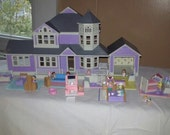My Pretty Dollhouse by galoob, purple. Vintage mini house with dolls and furniture