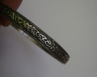 vintage Danecraft bangle, small size