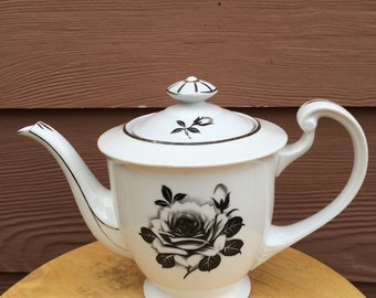 Black rose teapot