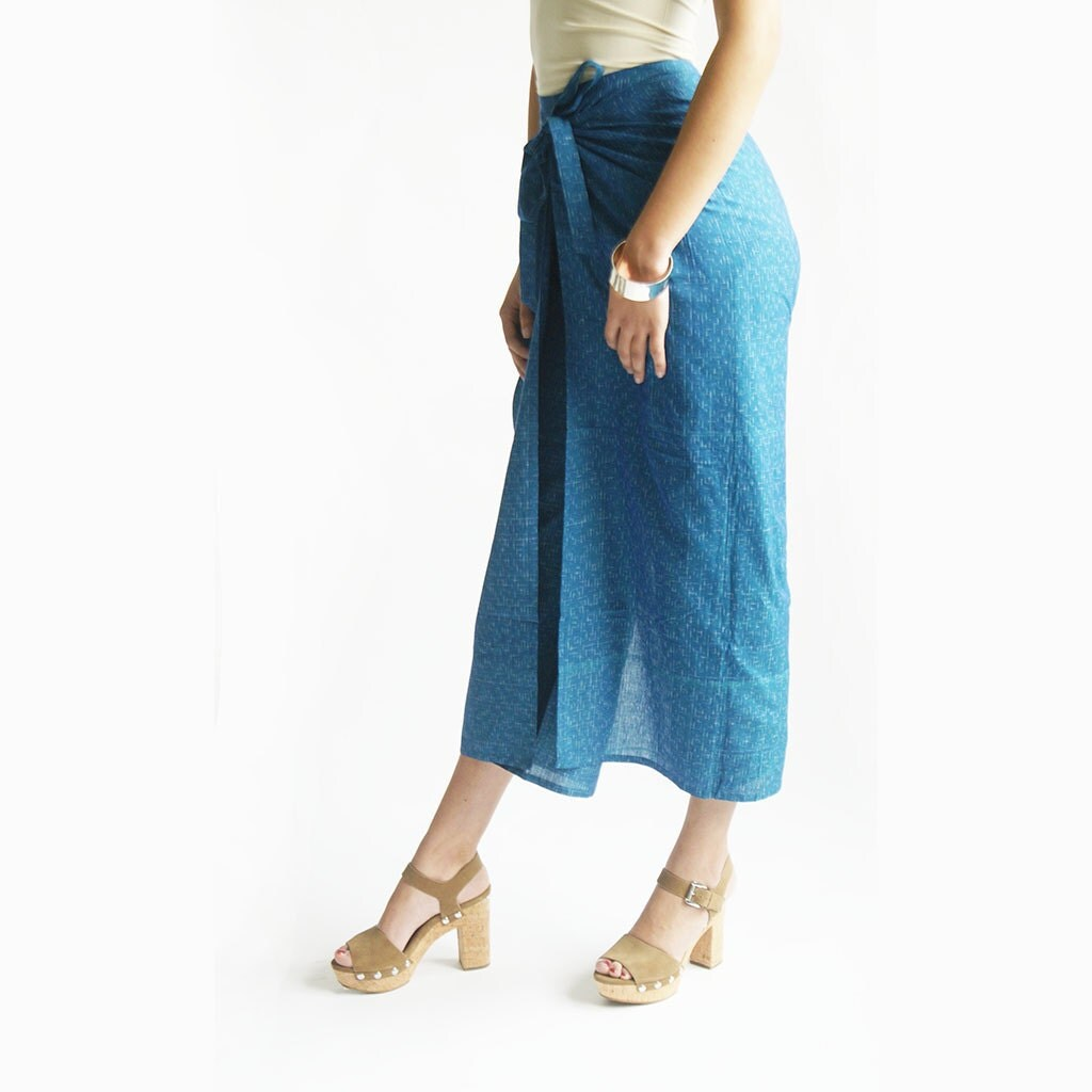 Ulla Johnson's Fonda pants are handmade from brown cotton wide-wale corduroy. Inspired by '70s silhouettes, the high-rise, wide-leg pair is adorned with retro patch pockets.