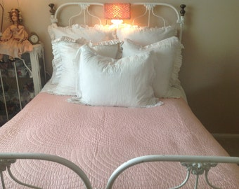 Stunning hand sewn antique pink shabby romantic cottage boudoir quilt