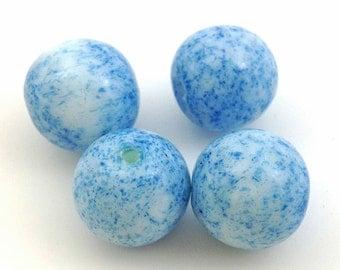 10 Vintage White Blue Mottled Round Glass Beads 15mm