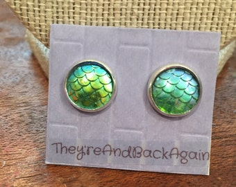 10mm Metallic Light Blue-Green Mermaid Skin Stud Earrings