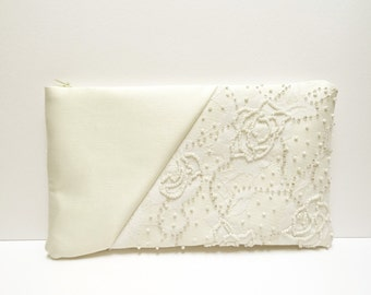 Wedding clutch Ivory  satin clutch White  lace Pearls Ivory brides purse Ivory satin purse  Elegant wedding Embroidetred Made to order