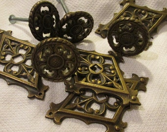 Bureau handles etsy for Antique bureau knobs