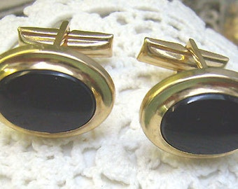 "Sale...Vintage ""SARAH COVENTRY"" Cufflinks...Black Onyx and Gold Cuff Links...Wedding...Formal"