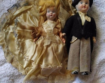 Creepy Antique  pair of WEDDING DOLLS dug up from grave