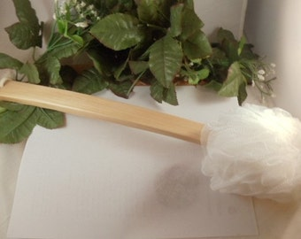 Long Wooden Handle Pouf Shower Brush