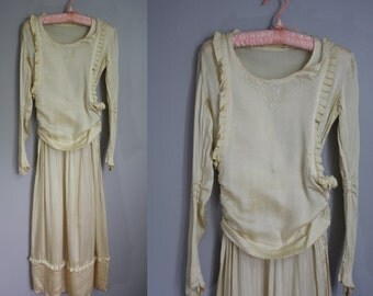1930's Silk Wedding Dress // Beaded with Pleating // XS