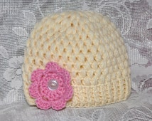 Handmade crochet puff stitch hat, size 0-3 months in beautiful soft ecru yarn, with interchangeable flower.
