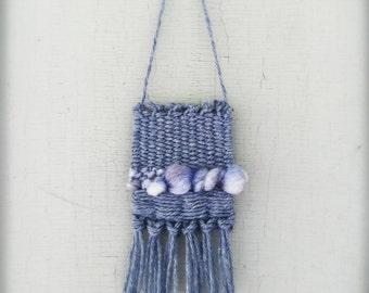 Pint sized weaving