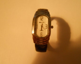 anya ltd. ladies bracelet watch