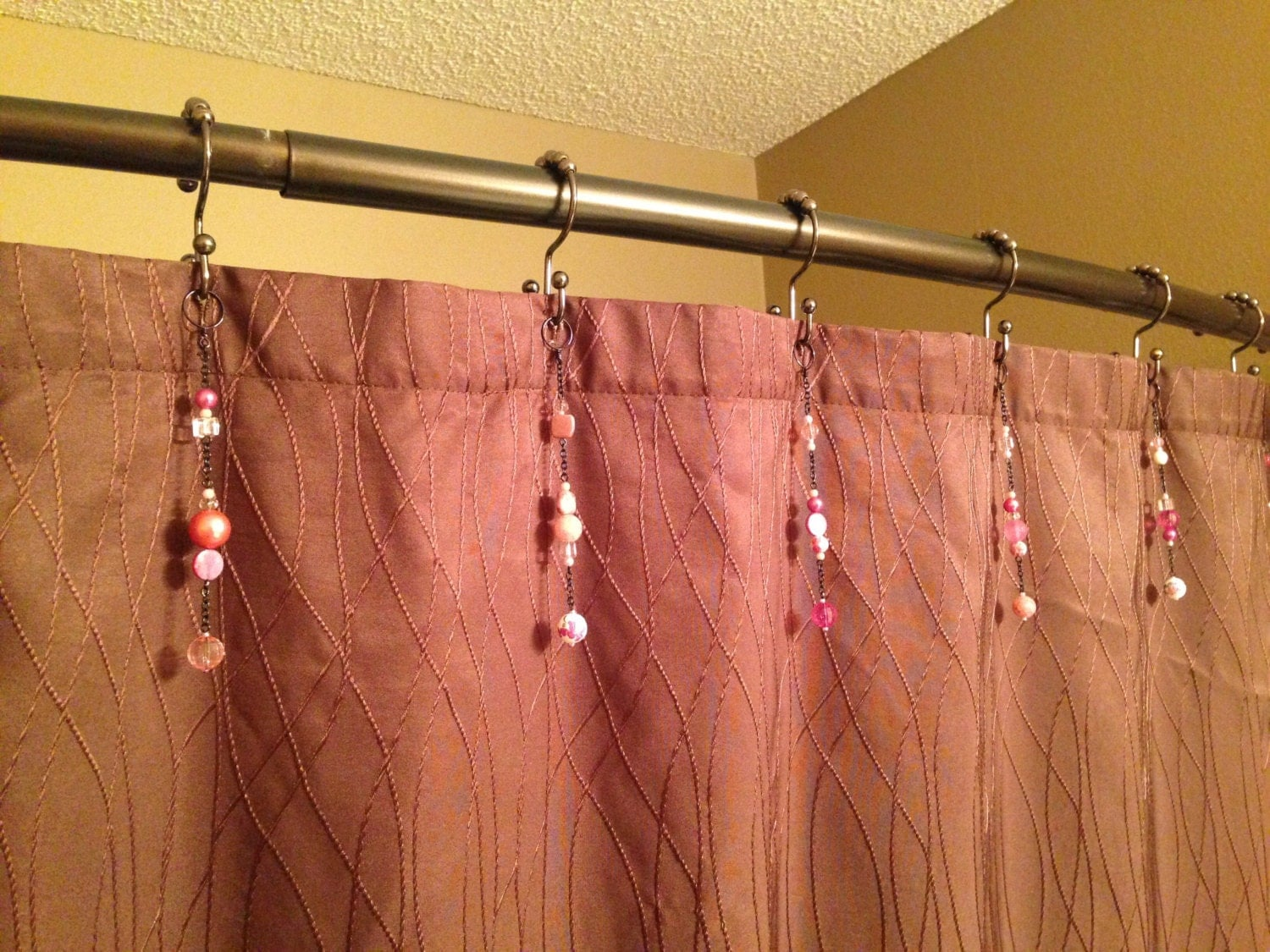 Pink Shower Curtain Hook Decoration With Black Chain For The