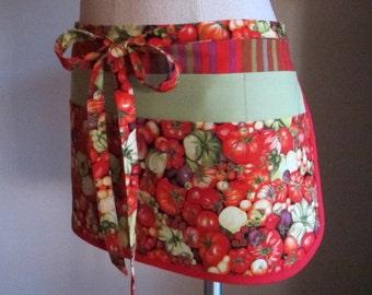 gardening apron, heirloom tomatoes, gardener apron, tomato gardener apron, vendor apron, retirement gift, birthday gift - Last One!