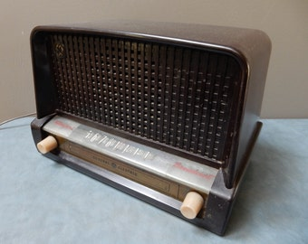General Electric Standard AM  Radio