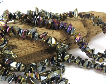 Glass Beads, 34 inch Black Glass Chip Strand, Black Glass Beads with Aurora Borealis Finish, Beading Supplies, Item 788gs