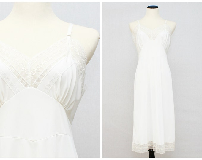 White Lace Tricot Slip - Vintage 1950s Deadstock White Undergarments - With Original Tags