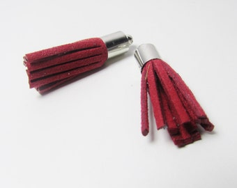 D-02921 - 2 Faux Suede Tassels red