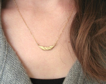 Multi Feather Necklace, Matte Gold Feather Necklace, Curved Feather Necklace, 14K Gold Filled Chain