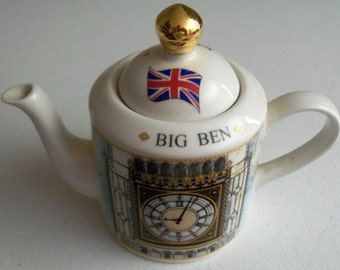 Price & Kensington London Landmarks Big Ben English Teapot with lid