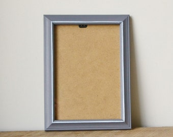 Charcoal Grey Photo Frame with White Accents 7x5 inches