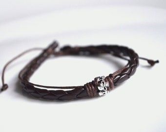 Bracelet head death brown leather silver