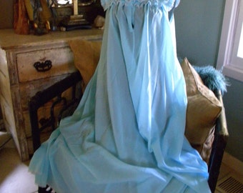Lovely Eve Stillman Big Sweep Vintage 70s Blue Chiffon Nightgown Long Size