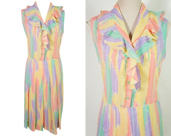 Light vintage dress L size. Vertical stripes. Colorful dress. Ruffled neckline. L size. Full lining.