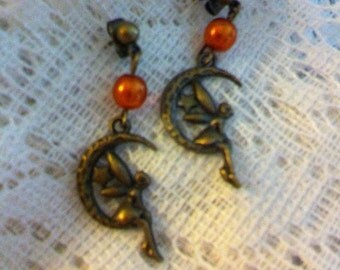Fairy moon pierced earrings with copper color Czech glass beads.