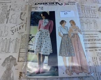"UNCUT Butterick Sewing Pattern 4066 Size 12 26.5"" Waist Button Front Midi or Maxi Skirt Pockets Flap Detail Original 1970's Vintage"