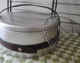Vintage Cake Carrier & Cooling Rack...French Bakery...Pastry Box...Industriel Cake Carrier...Picnic Tin Box...Aluminum