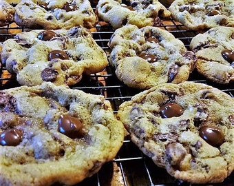 The Best Chocolate Chip Cookies in the World!