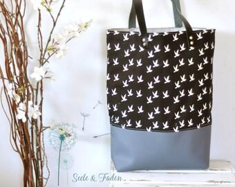 LIVA - the small shopper / small birds on black