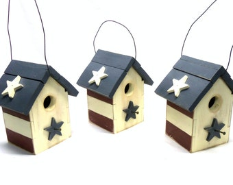 One Patriotic Stars and Stripes Petite Red White Blue Rustic Bird House Small Birdhouse