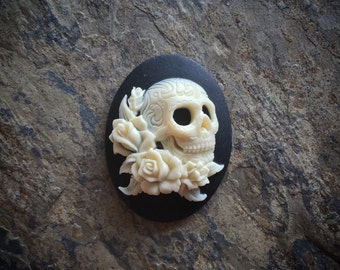 1pc 40x30mm GoTHiC Day of the Dead SKULL with ROSES Unset Cameo