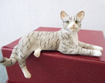 Miniature 12/1 Shelf Sitter Grey Tabby Cat