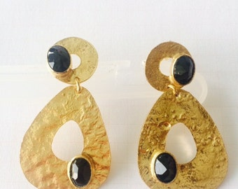 Gold plated earrings with black Onyx stone