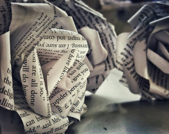 Handmade paper book flowers & bouquets made from Harry Potter and other best seller pages