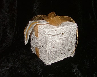 Beautiful Lace Gift Box