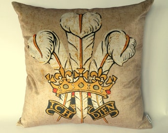 Welsh Three Feathers Cushion, Prince of Wales Feathers, Welsh pillow, Ich Dien, Welsh crown, Symbol of Wales, Visit Wales, cavetsy UK