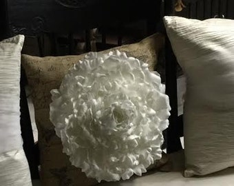 Glamelia Rose on burlap decorative pillow