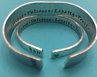 Couples bracelets - Customized Cuff Bracelet - Hammered finished - Secret message - Valentine's Day, Anniversary, Wedding gift (set of 2)