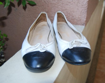 Sale Chanel Flats Shoes Made in Italy Size 36