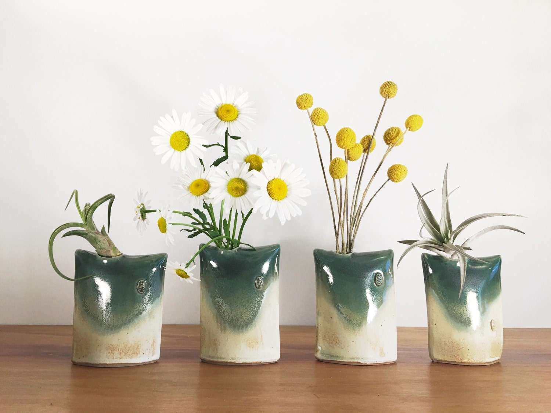 Oribe green pillow vase air plant holder bud vase for Air vase