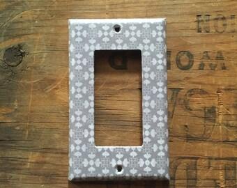 Decora Light Switchplate Cover - Gray / Grey & White pattern, Decorative single rocker switch plate. Modern, Bedroom, home decor.