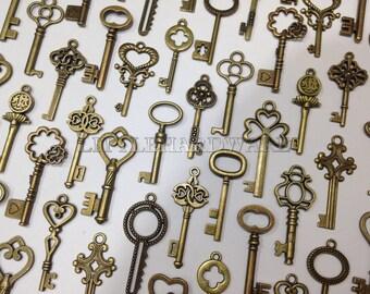 100pcs  vintage crown keys, antique skeleton keys , pendant heart Wedding decorations,wedding favors, christmas tree decorations VK0055
