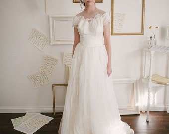 40% OFF SALE Vintage 1950s Wedding Dress by Priscilla of Boston / Size XS Small / Chantelle Illusion Wedding Dress